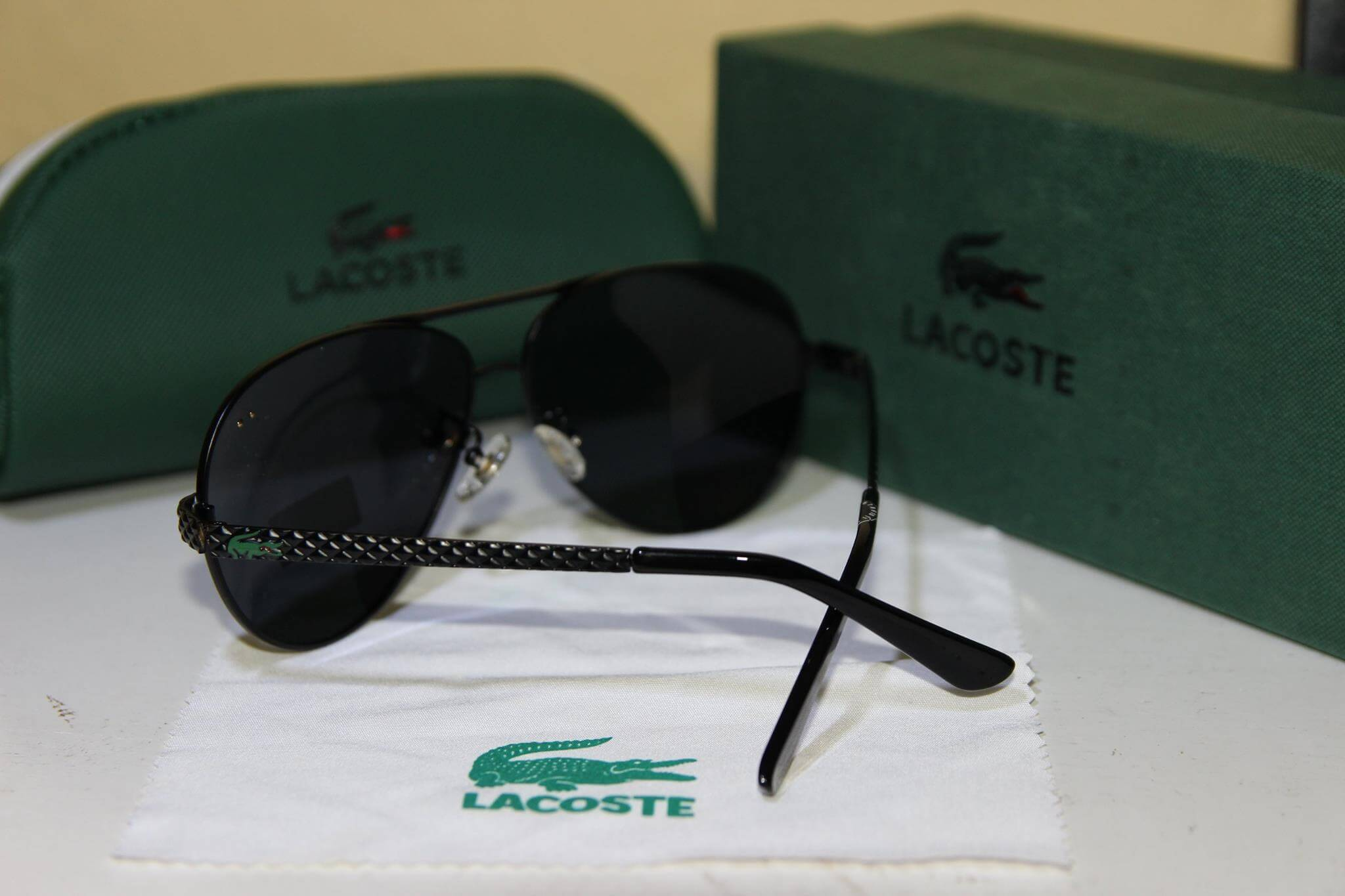 Kính mắt nam cao cấp Lacoste