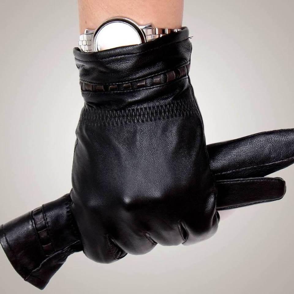 Thiết kế ôm tay, mềm, cực kỳ ấm