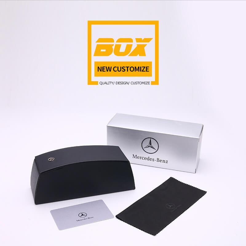 Trọn bộ : Hộp bìa, hộp đựng kính, khăn lau và thẻ chứng nhận sản phẩm